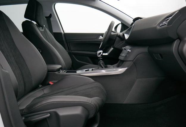 peugeot 308 sw 1 6 bluehdi 120ch s s eat6 allure sport design automobiles. Black Bedroom Furniture Sets. Home Design Ideas